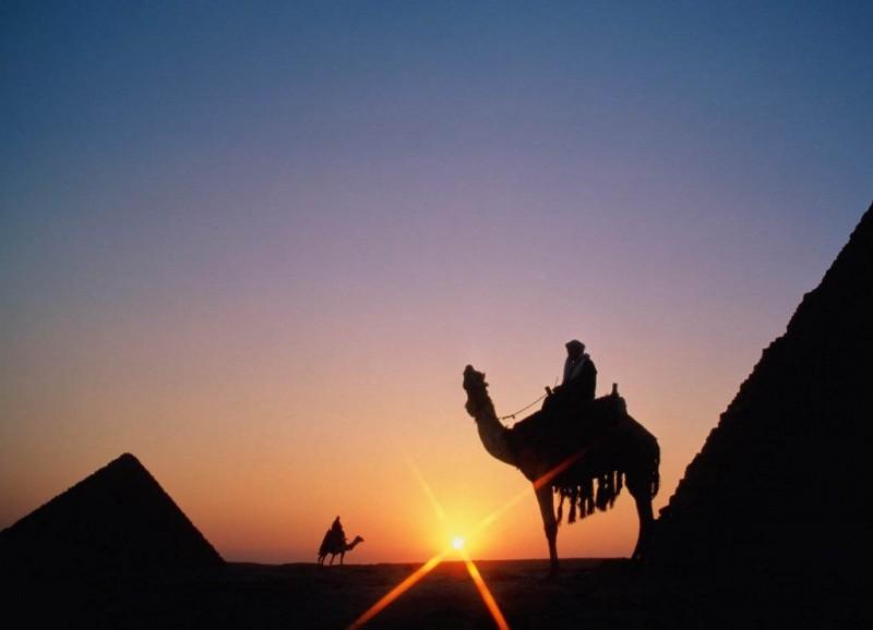 24-piramidigiza-1462544289