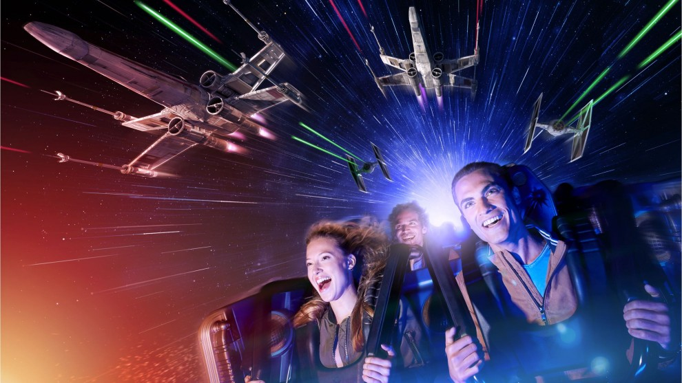 hd13578-2022jun29-world-star-wars-hyperspace-mountain-16-9-8