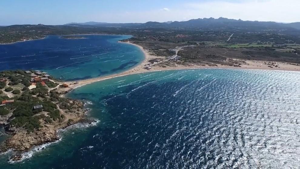 sardinia-kitesurfing-spots-porto-pollo