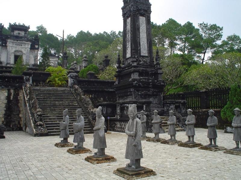 17-vietnam-hue-1-1459520195