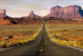 Far West USA Tour in moto